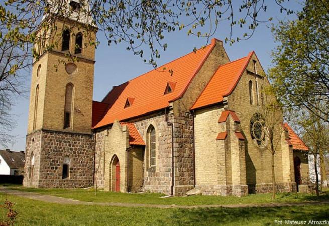 Nowe Objezierze Kościół filialny