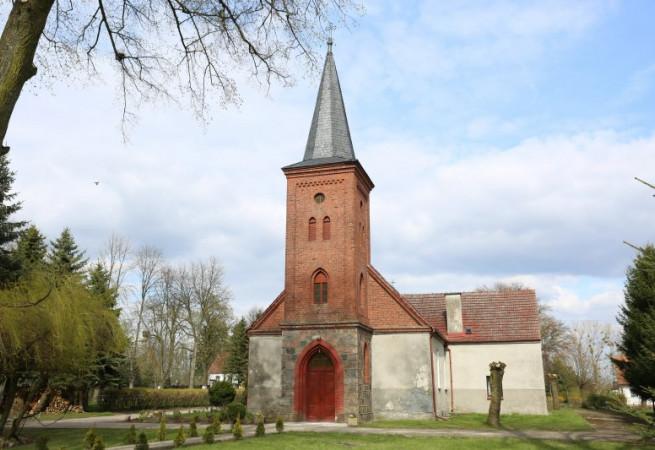 Bełczna Kościół parafialny pw św. Ap. Piotra i Pawła