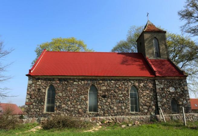 Golina Kościół filialny pw MB Pośredniczki Łask