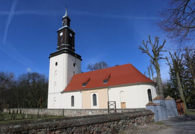 Golenice Kościół parafialny pw MB Królowej Polski