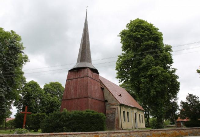 Jarszewo Kościół parafialny pw Narodzenia Najśw. Maryi Panny