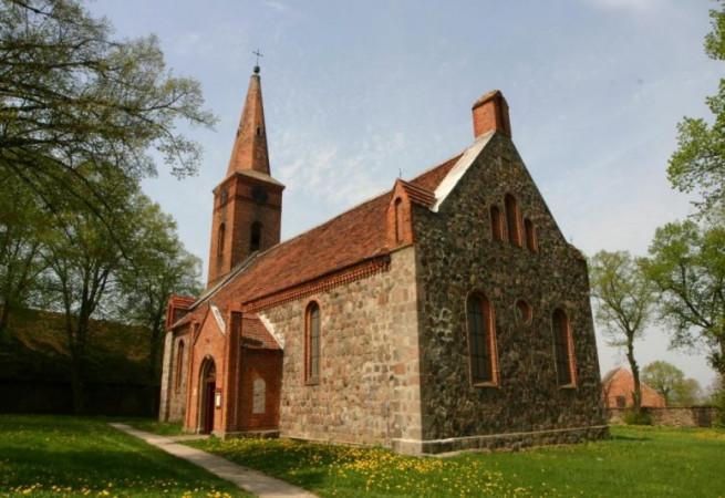 Jesionowo Kościół filialny pw św.Floriana