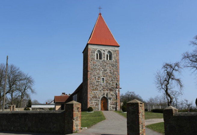 Klępicz Kościół parafialny pw św. Stanisława BM