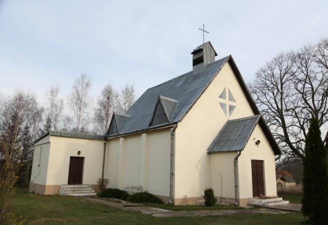 Dębina Kościół filialny pw MB Pocieszenia