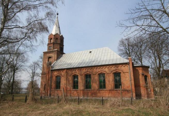 Piasek Kościół filialny