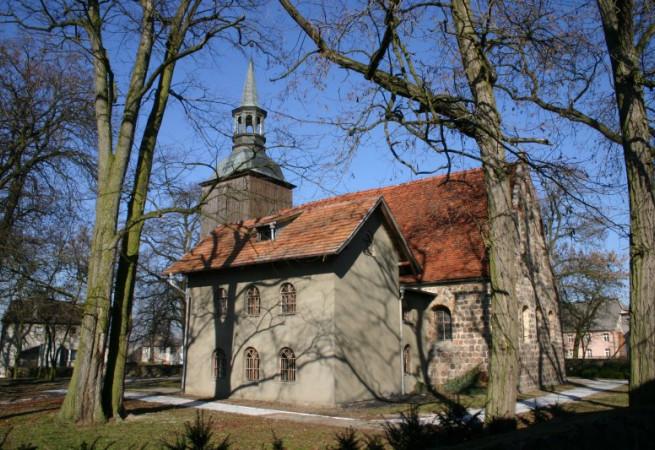 Przelewice Kościół parafialny pw Matki Bożej Królowej Polski