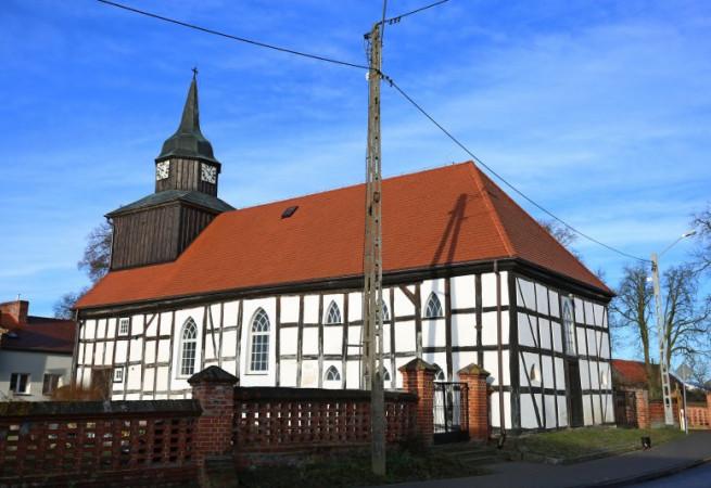 Świerzno Kościół parafialny pw Świętej Trójcy
