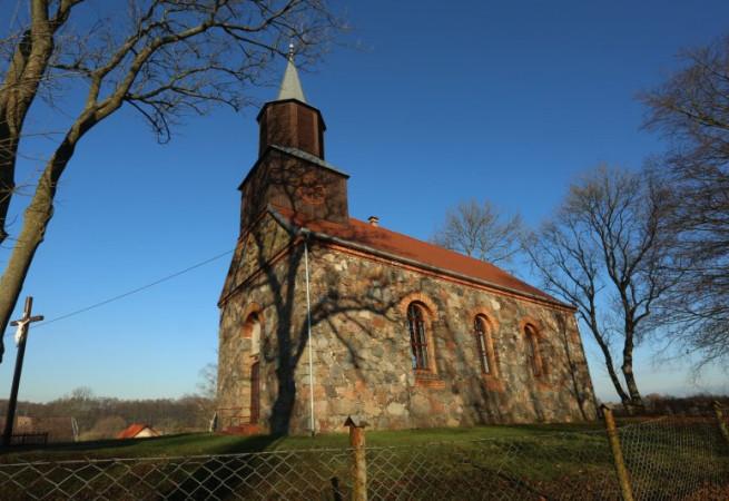 Ościęcin Kościół filialny pw św.Stanisława Kostki